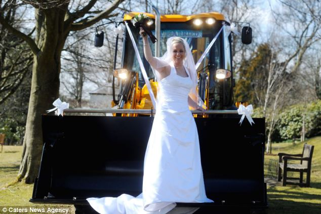 Menyasszonyi munkagép